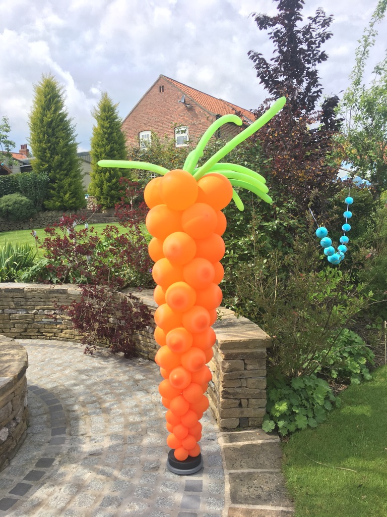 Gian balloon carrot sculpture
