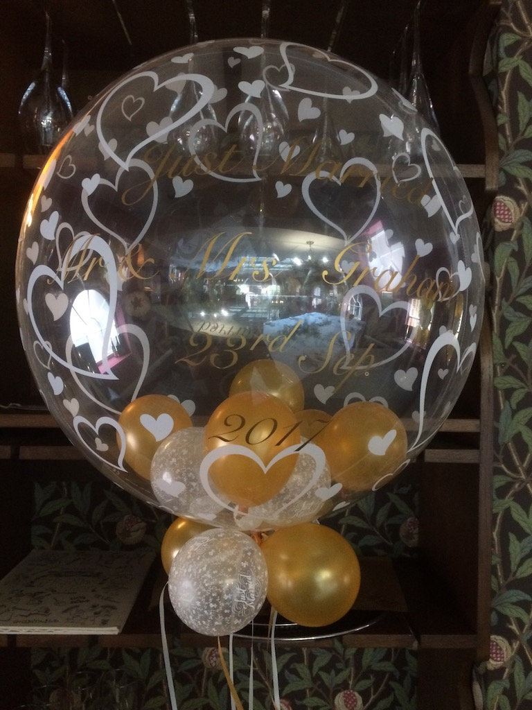 heart bubble mini balloons golden wedding